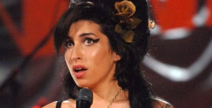 Amy Winehouse Grammy performance, Riverside Studios, London, Britain - 10 Feb 2008