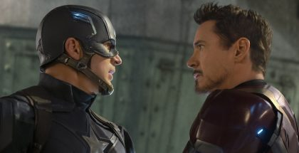 Captain America: Civil War..L to R: Captain America/Steve Rogers (Chris Evans) and Iron Man/Tony Stark (Robert Downey Jr.) ..Ph: Zade Rosenthal ..©Marvel 2016