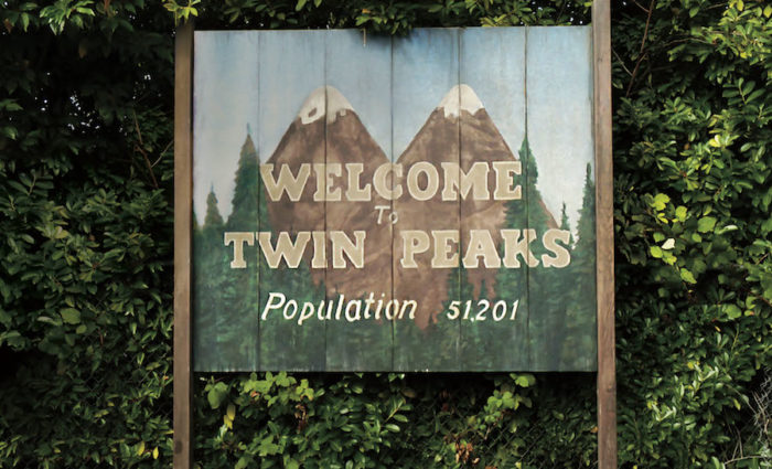 Where can I watch Twin Peaks online in the UK legally? (2017)