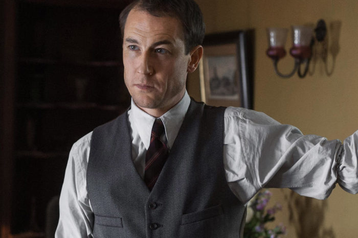 Outlander's Tobias Menzies to play Prince Philip in The Crown