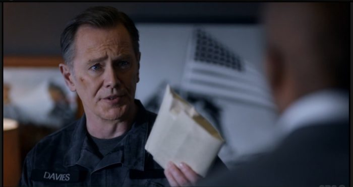 Zoo's Peter Outerbridge joins Netflix's V-Wars