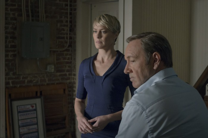 House of Cards renewed for Season 5, despite showrunner departure