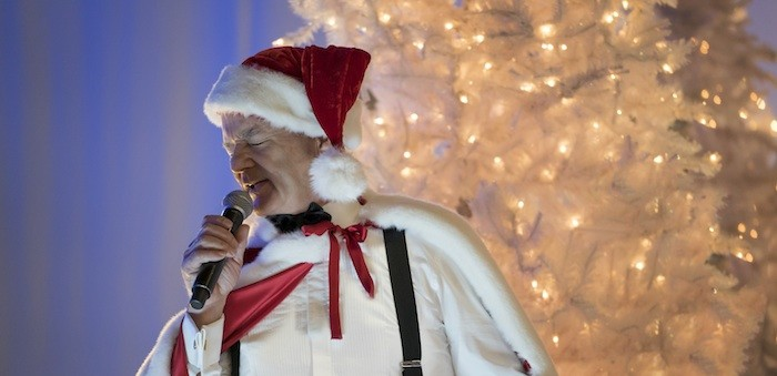 First look: Bill Murray's Netflix Christmas special