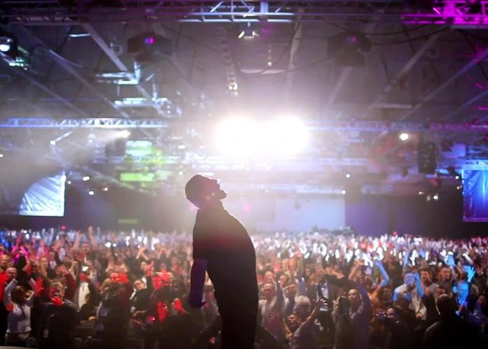 Netflix to release Tony Robbins: I Am Not Your Guru in July