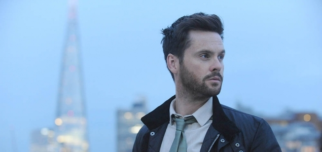 Tom Riley and Kristen Bell to star in Netflix's The Woman in the House