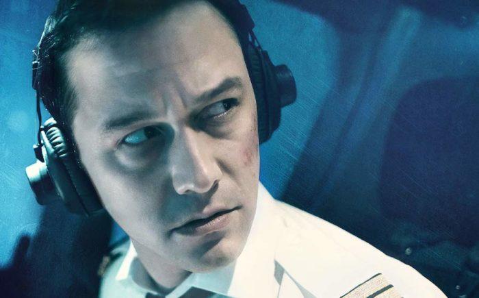 7500 review: Joseph Gordon-Levitt keeps this thriller in the air