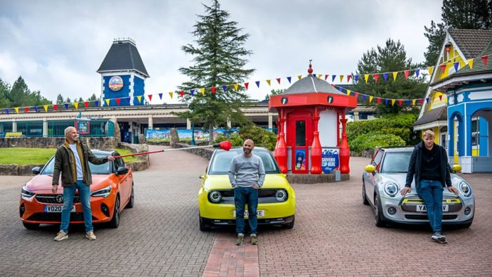 Top Gear resumes filming at deserted theme park